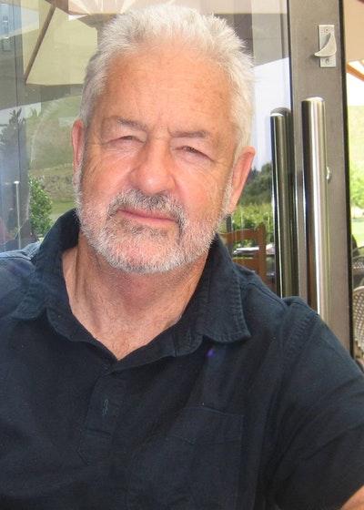 Dr Simon Rowley