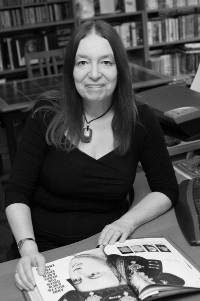 Alison Weir