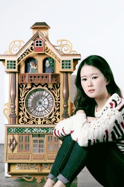 Daria Song
