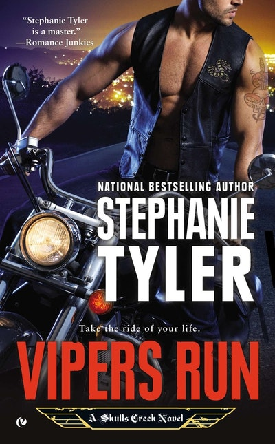 Vipers Run: A Skulls Creek Novel Book 1
