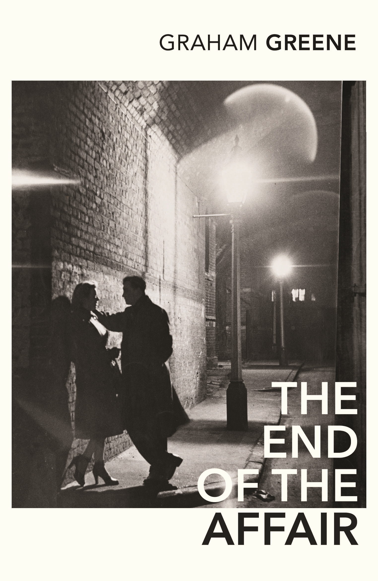 love and hate in the novel the end of the affair by graham greene The end of the affair is a 1999 drama film directed by neil jordan and  a 1951 novel by british author graham greene,  telling him love doesn't end,.