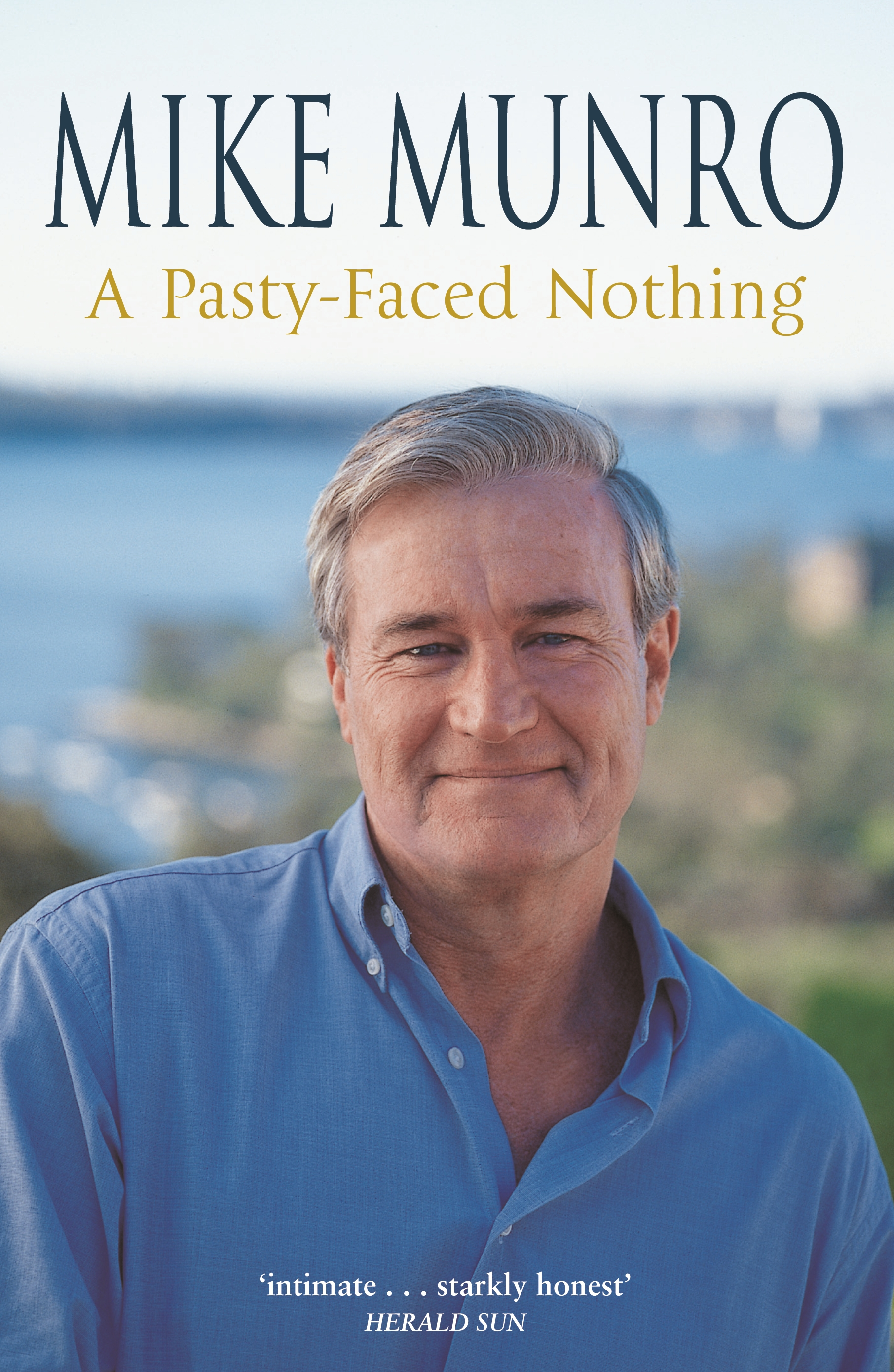 Synonyms and antonyms of pasty-faced in the English dictionary of synonyms