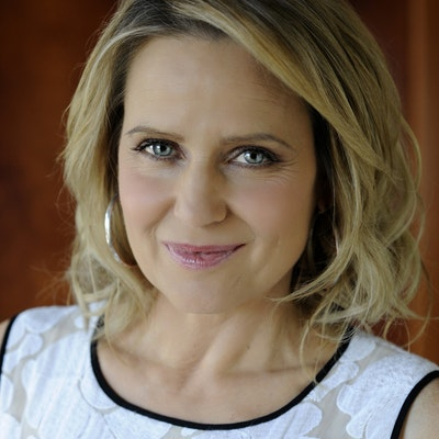 portrait photo of Shaynna Blaze