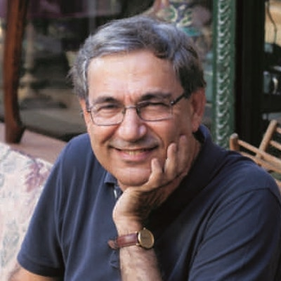 portrait photo of Orhan Pamuk