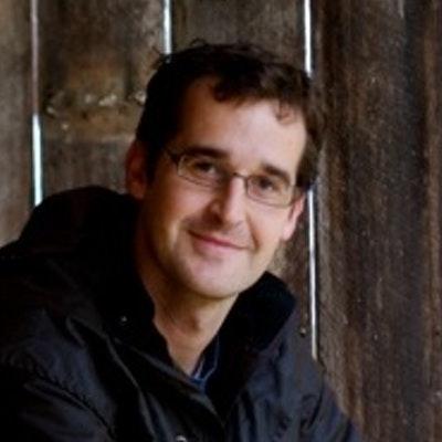 portrait photo of Rodney Dunn
