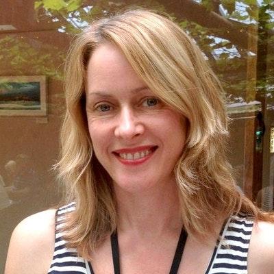 portrait photo of Jane Paech