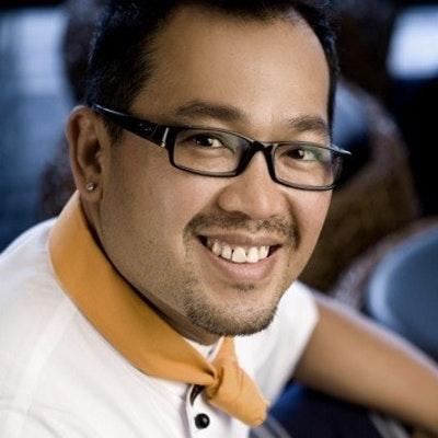 portrait photo of Sujet Saenkham