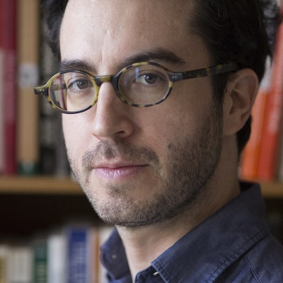 portrait photo of Jonathan Safran Foer