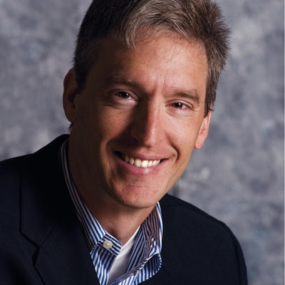 portrait photo of Steven Levitt