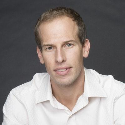 portrait photo of Chris Bradford