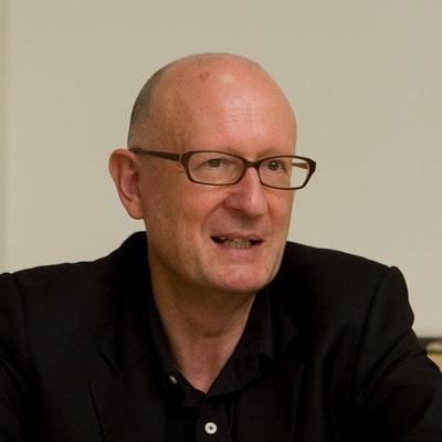 portrait photo of Michael Breen