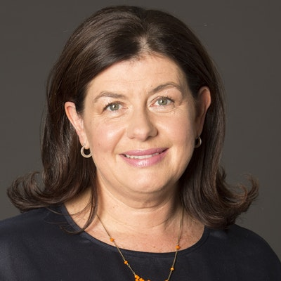 portrait photo of Phillipa McGuinness