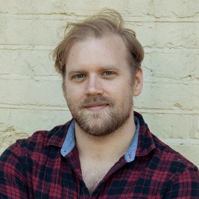 portrait photo of Stuart Heritage