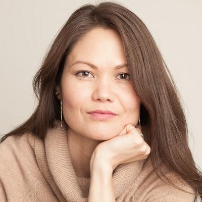 portrait photo of Mary Lynn Bracht