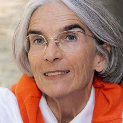 portrait photo of Donna Leon