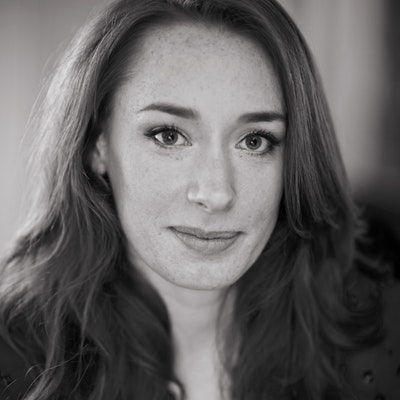 portrait photo of Hannah Fry
