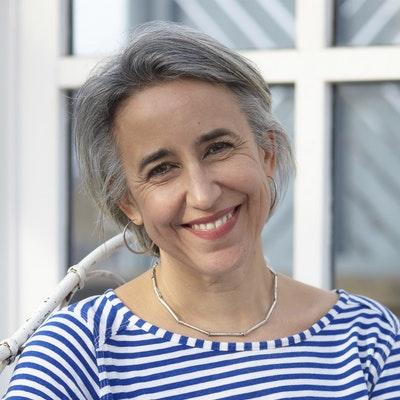 portrait photo of Rachel Rhys