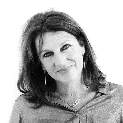 portrait photo of Hilary Fannin