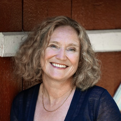 portrait photo of Anne Ostby