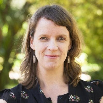 portrait photo of Lisa Clausen