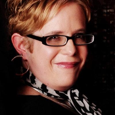 portrait photo of Mandy Baggot
