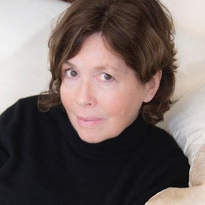 portrait photo of Barbara Toner