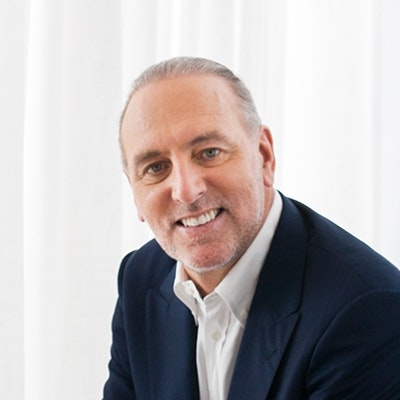 portrait photo of Brian Houston