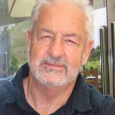 portrait photo of Dr Simon Rowley