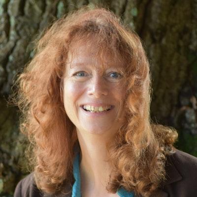 portrait photo of Hazel Prior