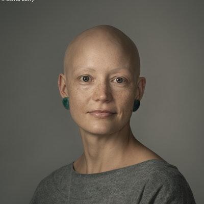 portrait photo of Helen Phillips