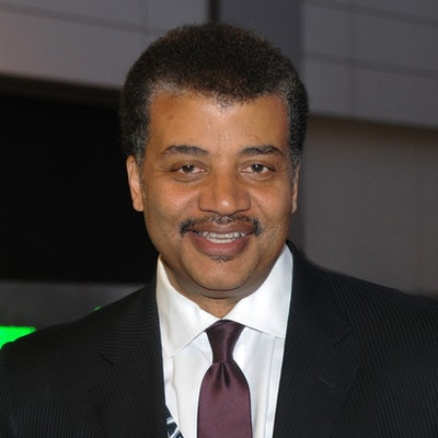 portrait photo of Neil deGrasse Tyson