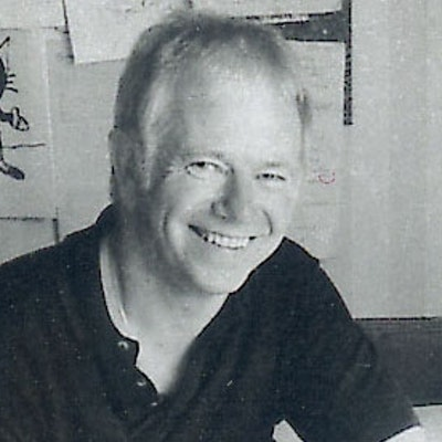 portrait photo of Tony Ross