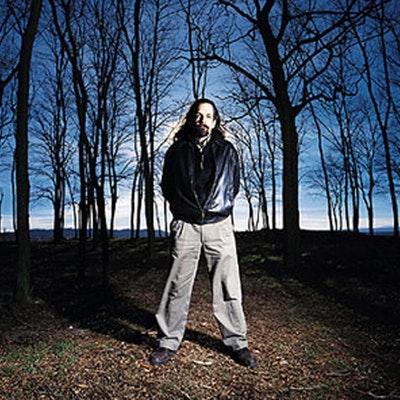 portrait photo of Neal Stephenson