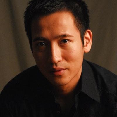 portrait photo of Jason Y. Ng