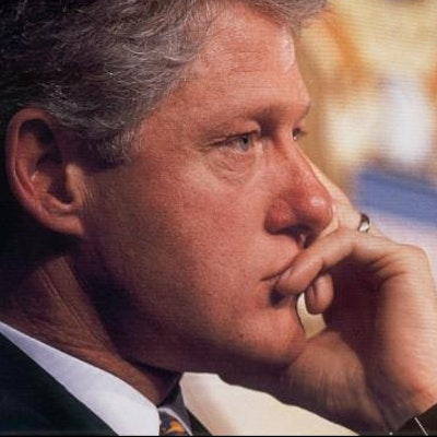 portrait photo of President Bill Clinton