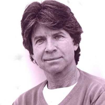 portrait photo of Anthony Browne