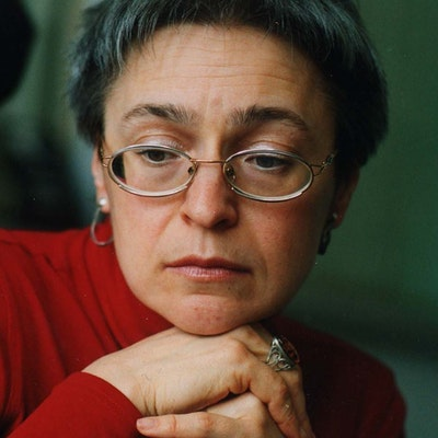 portrait photo of Anna Politkovskaya