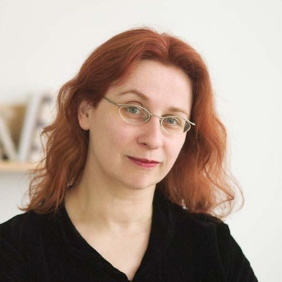 portrait photo of Audrey Niffenegger