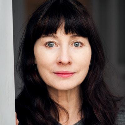 portrait photo of Gail Jones