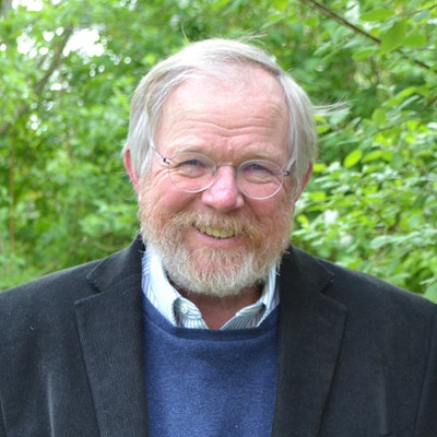 portrait photo of Bill Bryson