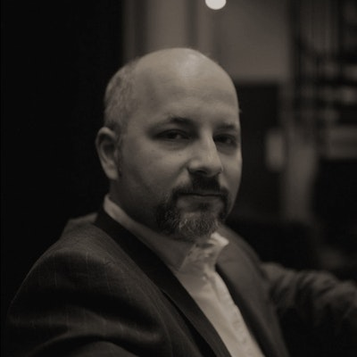 portrait photo of Toby Litt