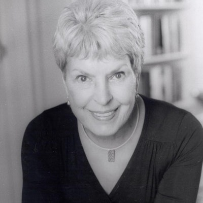 portrait photo of Ruth Rendell