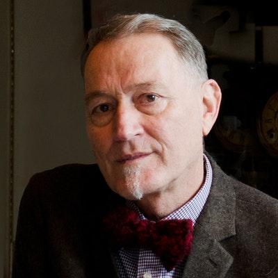 portrait photo of Peter Wells