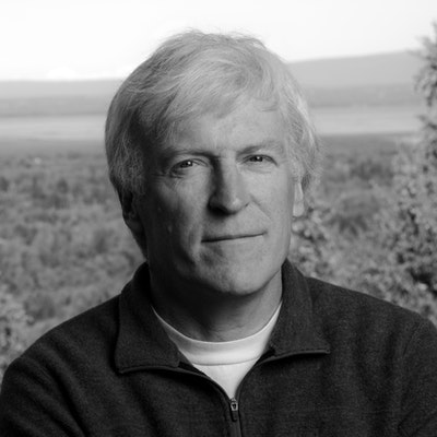 portrait photo of Andy Hall