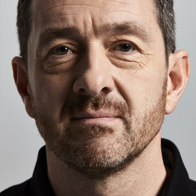 portrait photo of Chris Boardman