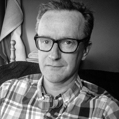 portrait photo of Neil Squires