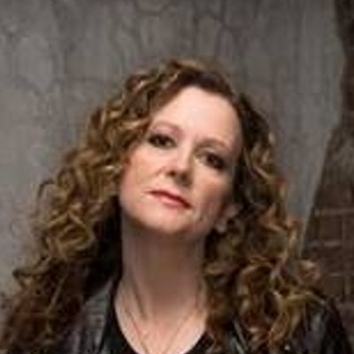 portrait photo of Laurell K Hamilton