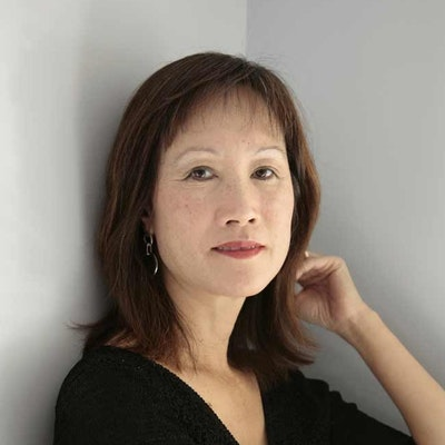 portrait photo of Tess Gerritsen