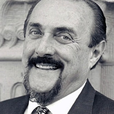 portrait photo of Philip Zimbardo