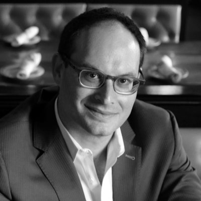 portrait photo of Franklin Foer